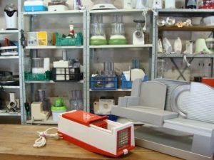 pour la cuisine : mijoteuses, mixers, découpeuses en tous genres...