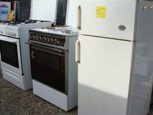 fours, frigos, plaques de cuisson...